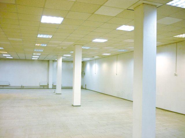 Сдается торговое помещение в здании универсама Копейка
