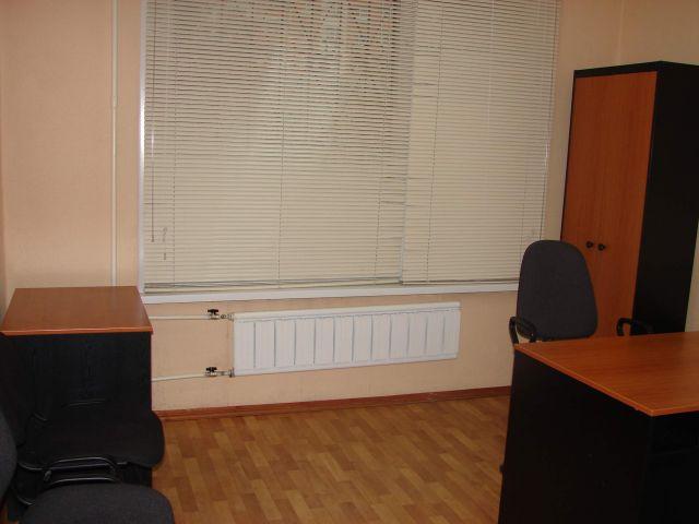 Сдаю помещение на 1-м этаже под офис, салон, медицинский центр и другую сферу услуг