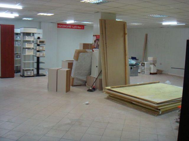В торговом центре сдается в аренду торговый павильон 162 кв/м,, ст. м. Сходненская