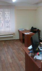 Сдам псн/офис/услуги-40м2,1эт.адм.зд. Отд.вход.