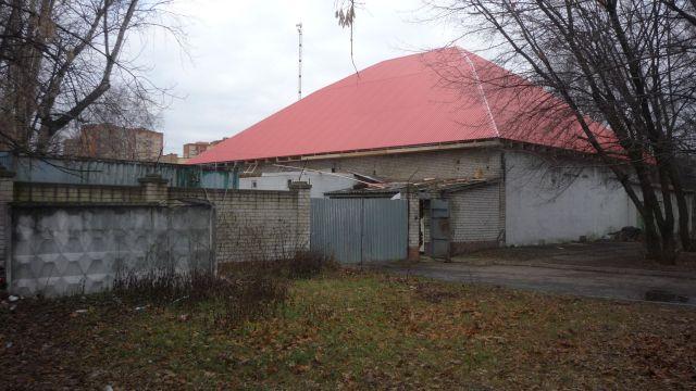 Аренда помещения (здания) от собственника.