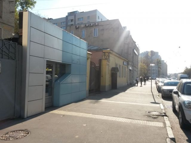 Сдаем под магазин, офис, 136 кв.м, на 1-ой линии по ул. Бакунинской