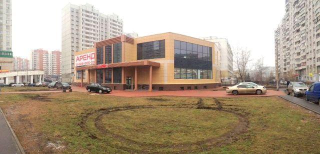Аренда торговых блоков в МФК на Братиславской 28, якорный арендатор - супермаркет