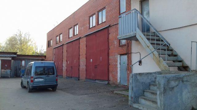 Предлагается в аренду отдельно стоящее капитальное отапливаемое 2-х эт здание–Гараж г.Долгопрудный, ул. Заводская, д. 2