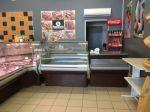 Cдам полностью оборудованный мясной магазин