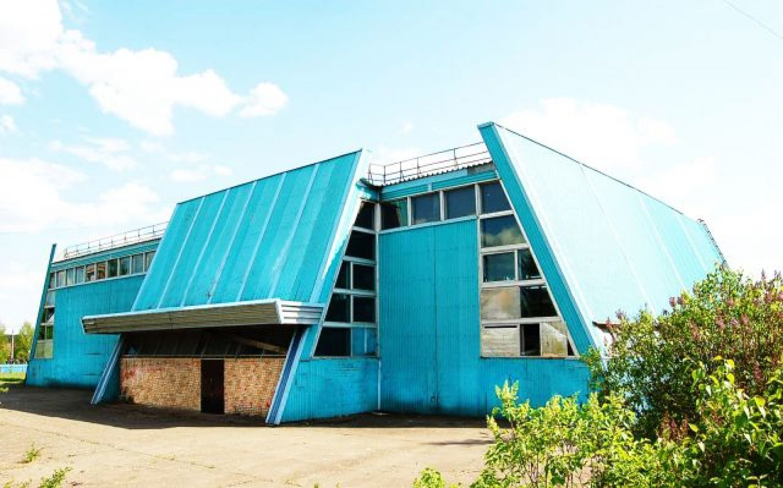 Продажа здания (ФОК)