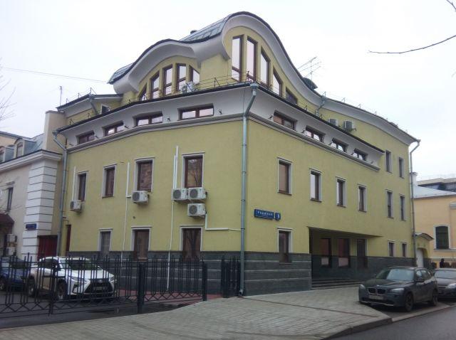 Продается 3-х этажный офисный особняк 1619,3 кв. м