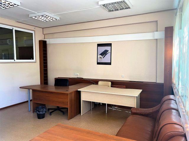 Сдаю офис 54 кв.м. Без комиссии.